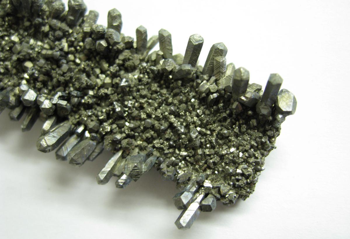 Synthesis of Niobium Oxynitride Micro-cones