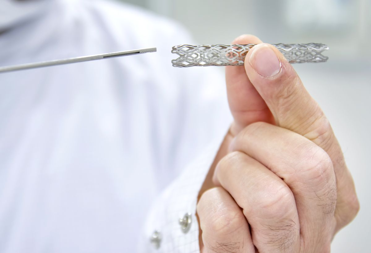 Laser Dimpled Stent for Prevention of Restenosis